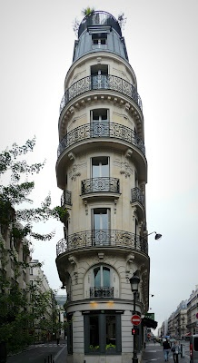 Photo:  Flat Iron Building in Paris