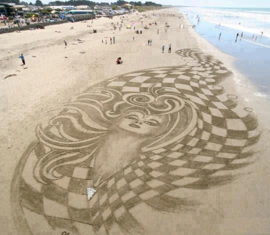 Photo:  big sand art  4