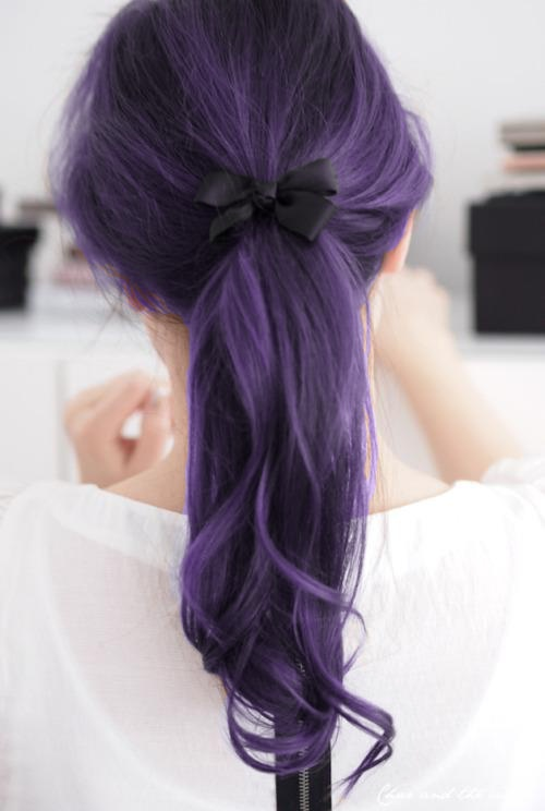 Photo:  dark violet hair 03