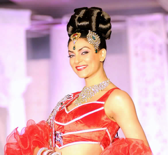 Photo:  Miss Universe 1994 Sushmita Sen, India