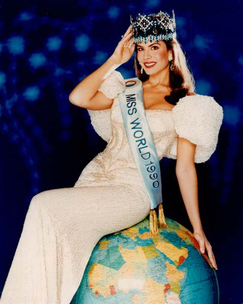 Photo:  Miss World 1990 Gina Tolleson, United States