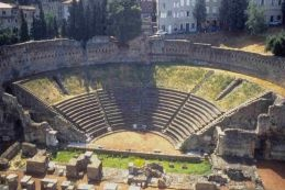 Photo:  il teatro romano a Trieste