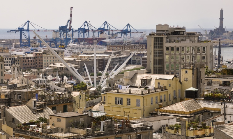 Photo:  Genova veduta sul porto