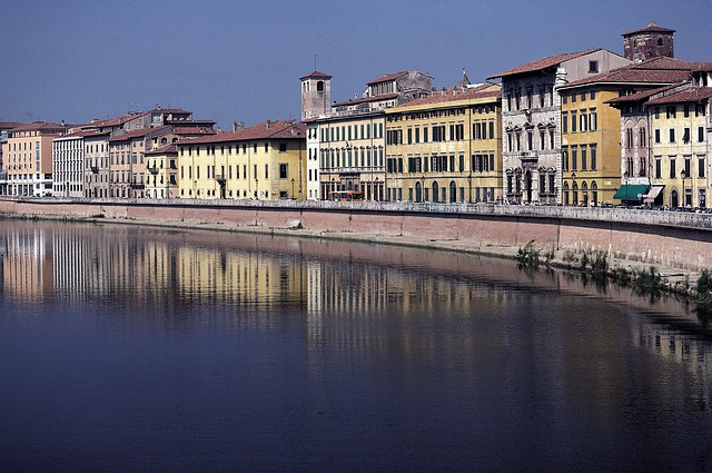 Photo:  pisa-arno-italy-river-tuscany