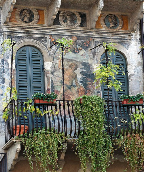 Photo:  Verona balcony, Veneto, Italy
