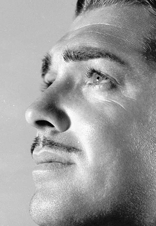 Photo:  Clark Gable, 1933