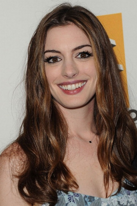 Photo:  Anne Hathaway 07