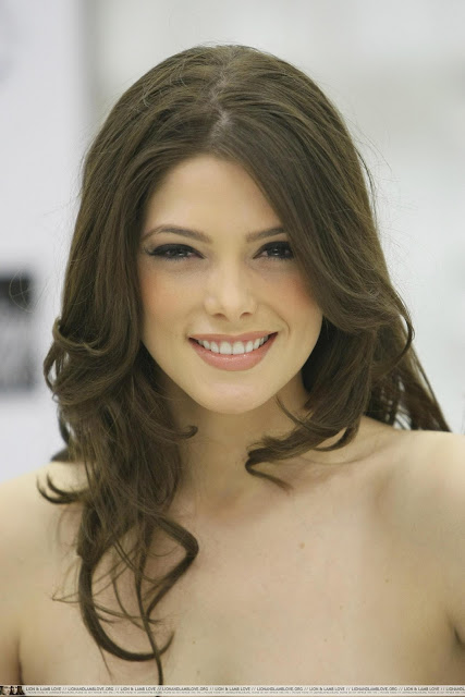 Photo:  Ashley Greene 01