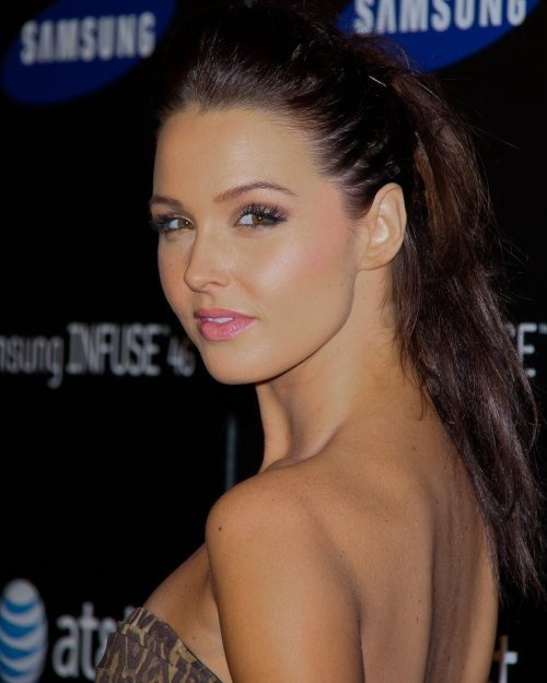 Photo:  Camilla Luddington 05