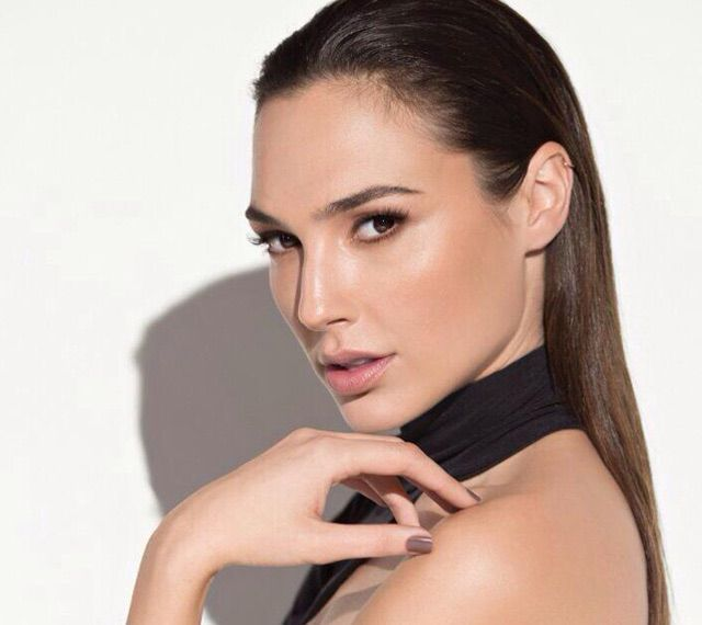 Photo:  Gal Gadot 003