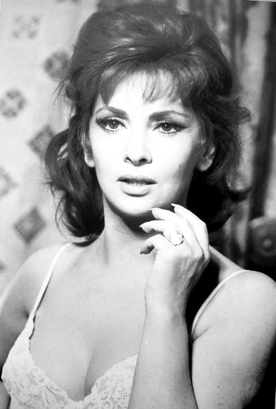 Photo:  Gina Lollobrigida environ 1961