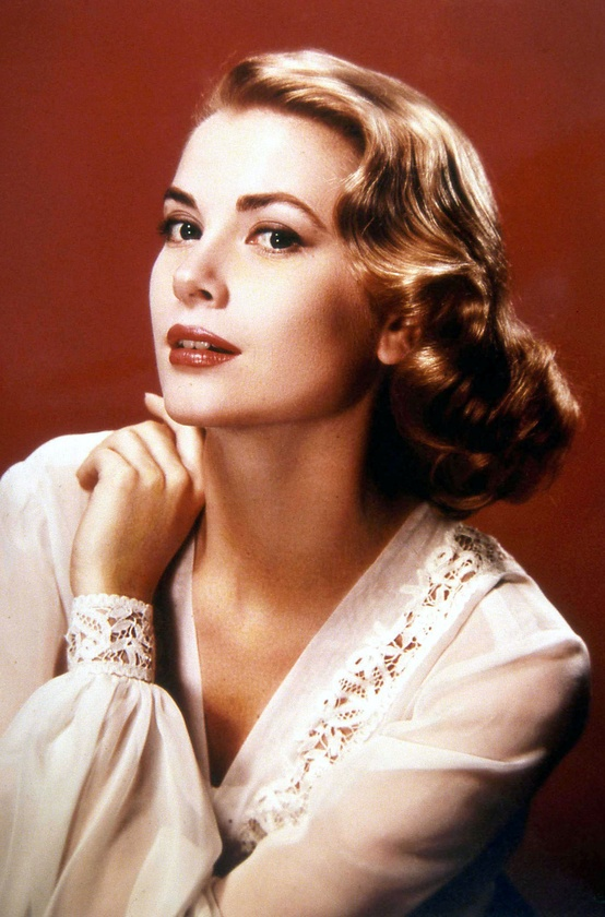 Photo:  Grace Kelly 1