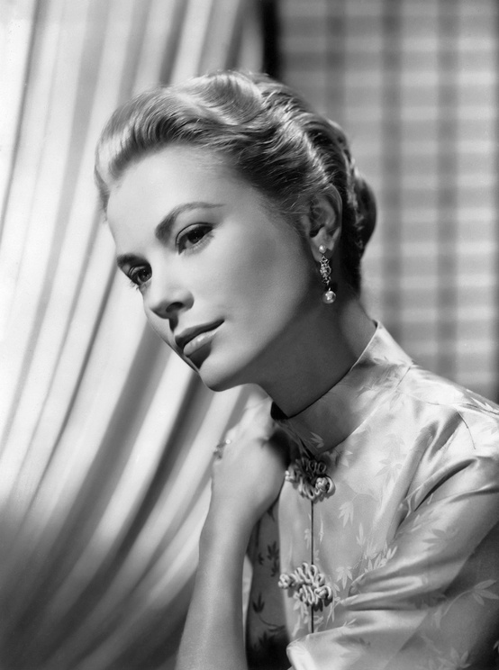 Photo:  Grace Kelly 2
