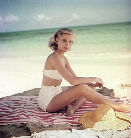 Photo:  Grace Kelly 23