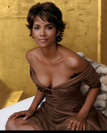Photo:  Halle Berry 05