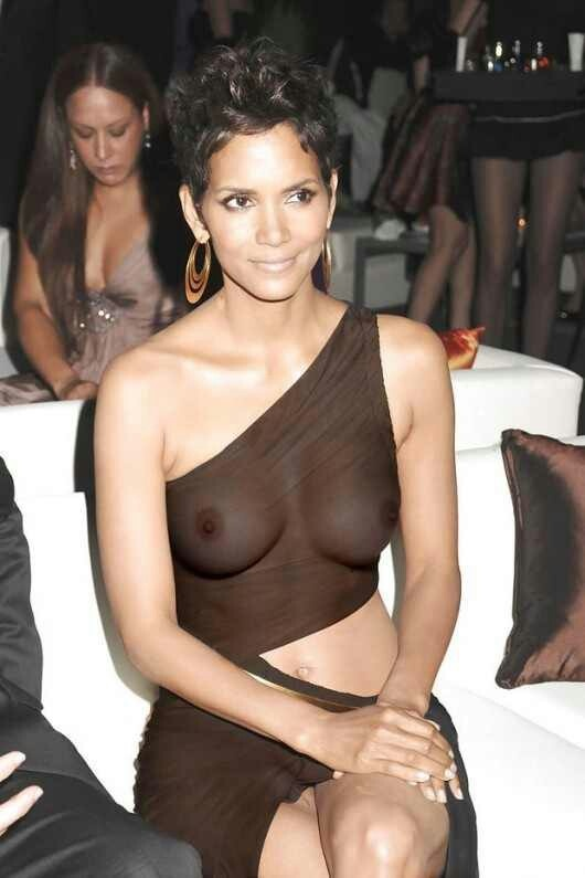 Photo:  Halle Berry 06