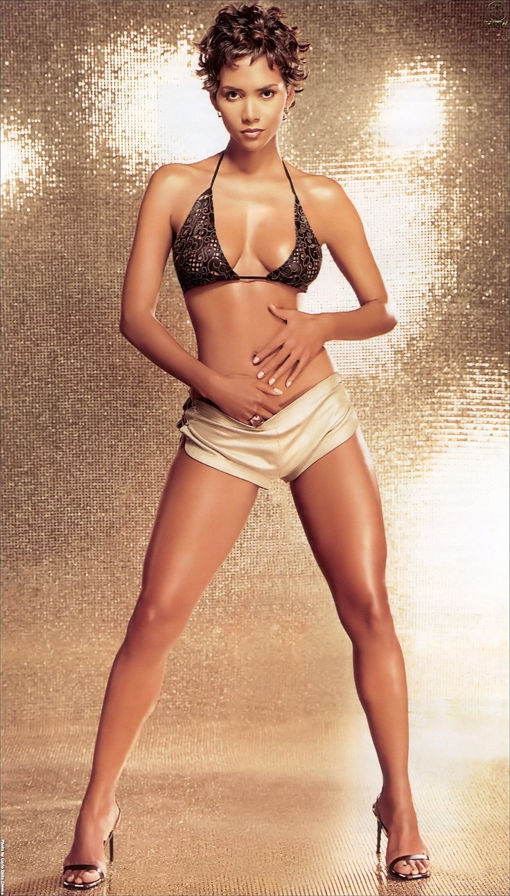 Photo:  Halle Berry 13