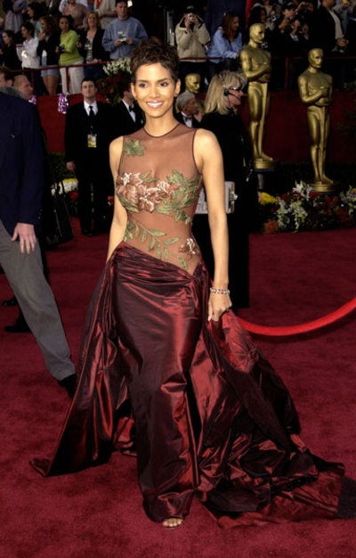 Photo:  Halle Berry 17