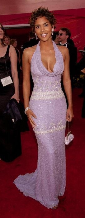 Photo:  Halle Berry 18