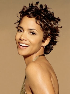 Photo:  Halle Berry 19