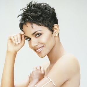 Photo:  halle berry 09