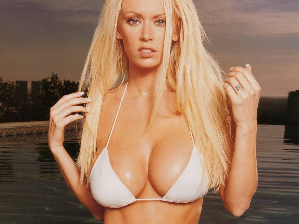 Photo:  Jenna Jameson 03