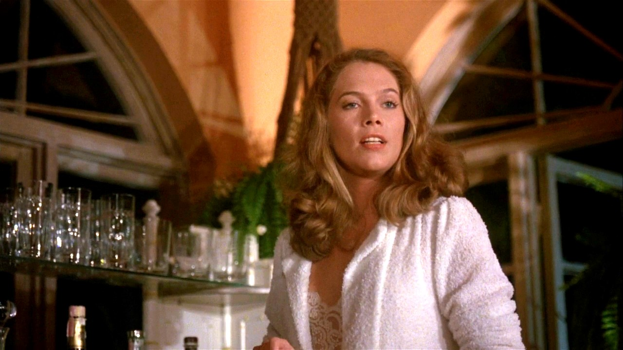 Photo:  Kathleen Turner 10