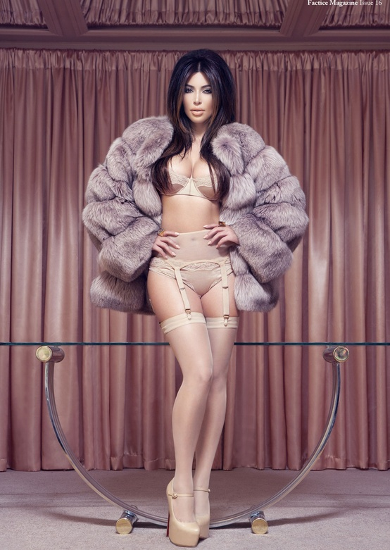 Photo:  Kim Kardashian 08