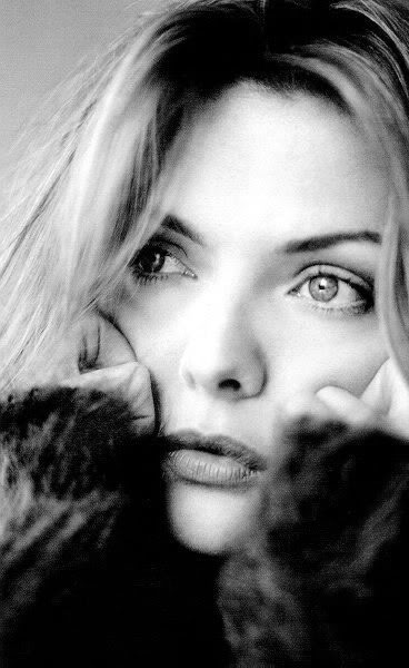 Photo:  Michelle Pfeiffer 02