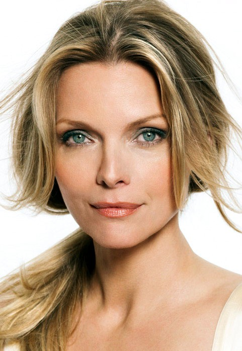 Photo:  Michelle Pfeiffer 03