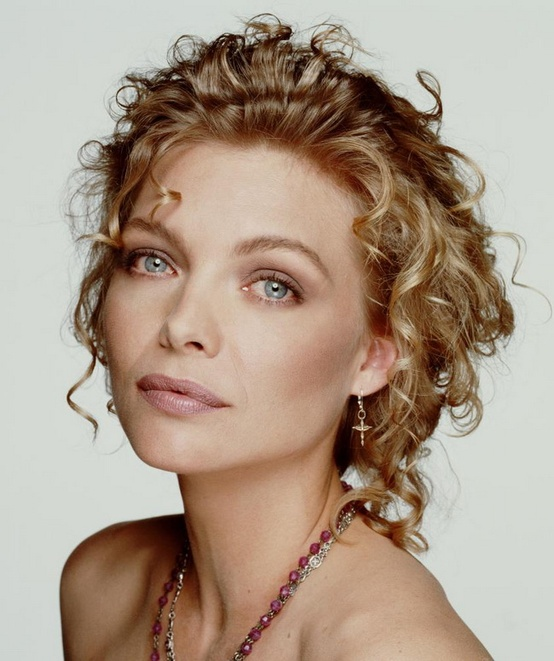 Photo:  Michelle Pfeiffer 04