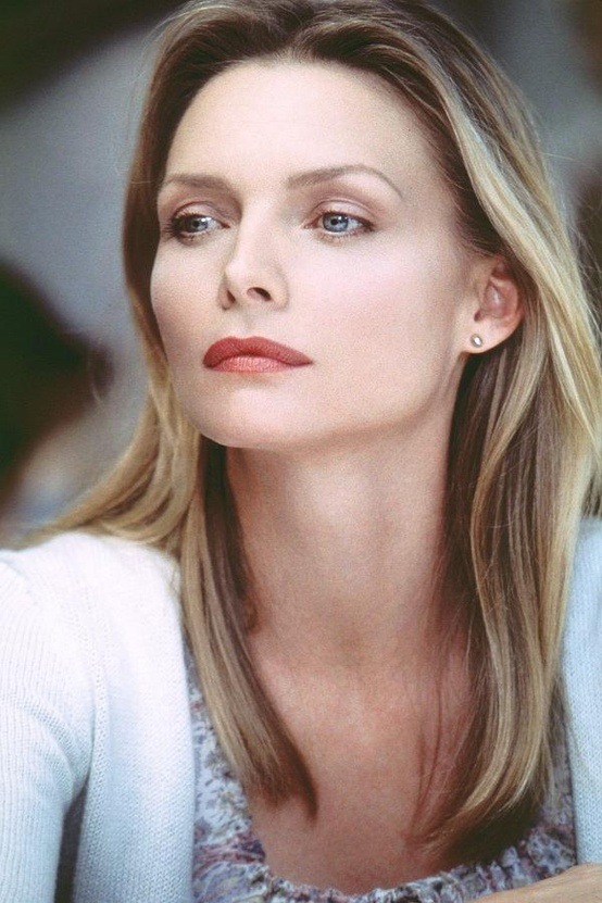 Photo:  Michelle Pfeiffer 06