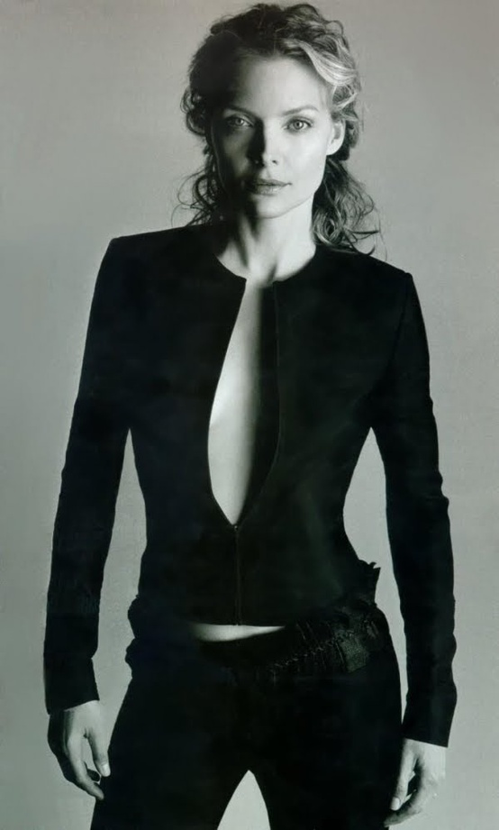 Photo:  Michelle Pfeiffer 08