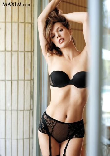 Photo:  Milla Jovovich 03