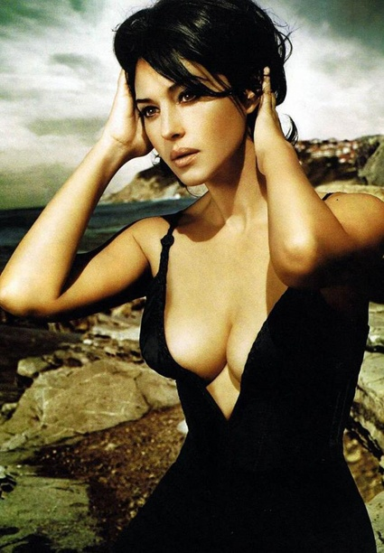 Photo:  Monica Bellucci 01