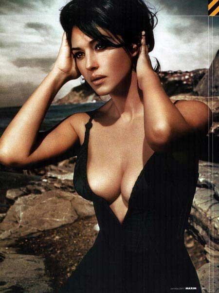 Photo:  monica bellucci 04