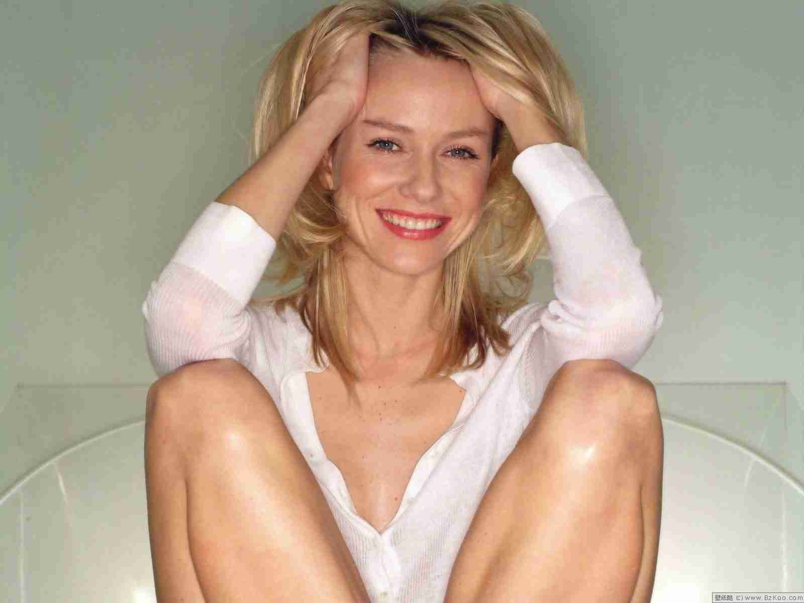 Photo:  Naomi Watts 08