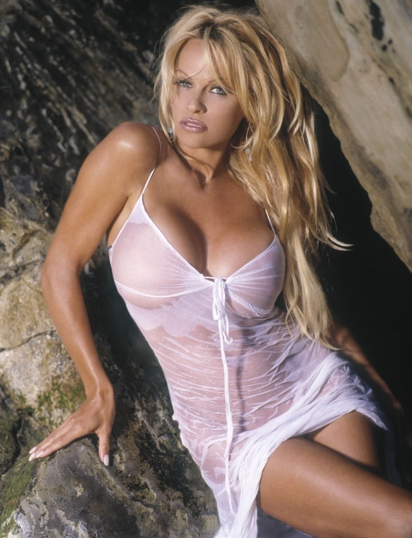 Photo:  Pamela Anderson 05