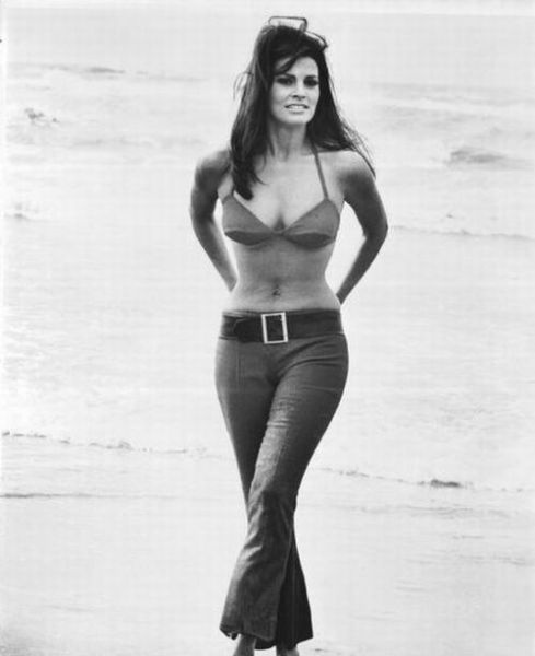 Photo:  Raquel Welch 01