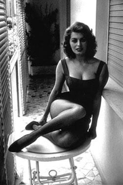 Photo:  Sophia Loren 12