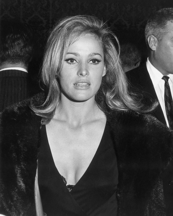 Photo:  Ursula Andress  23