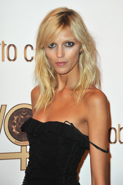 Photo:  Anja Rubik 01