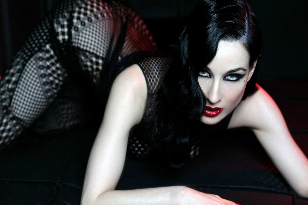 Photo:  Dita Von Teese 05