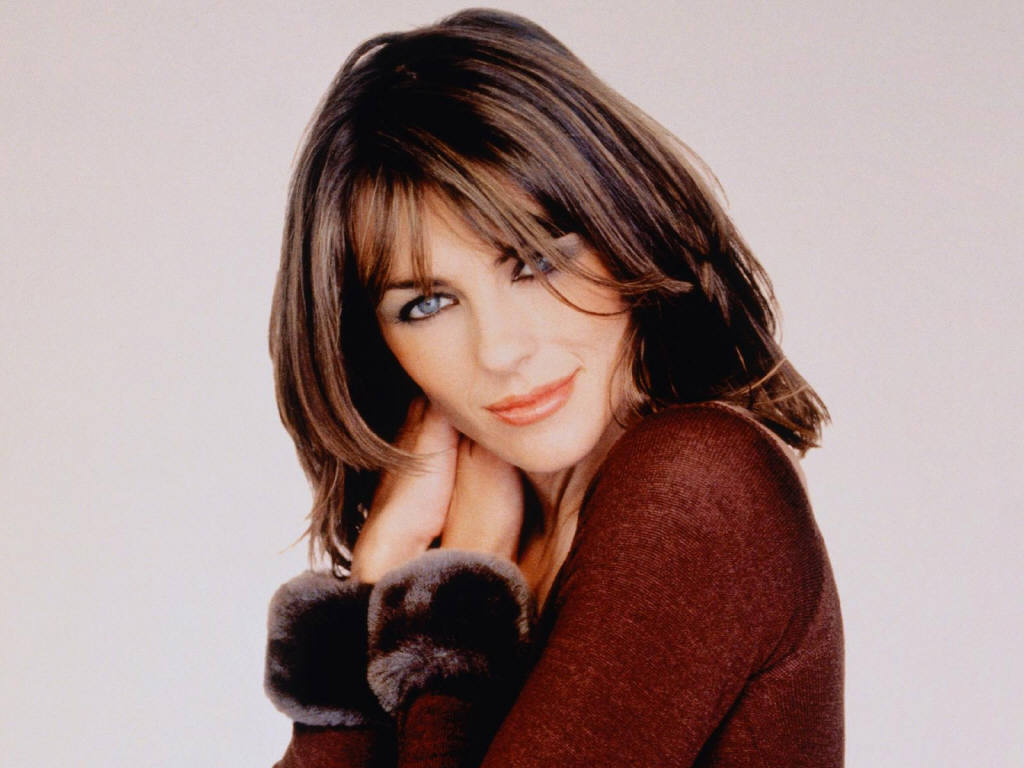 Photo:  Elizabeth Hurley 16