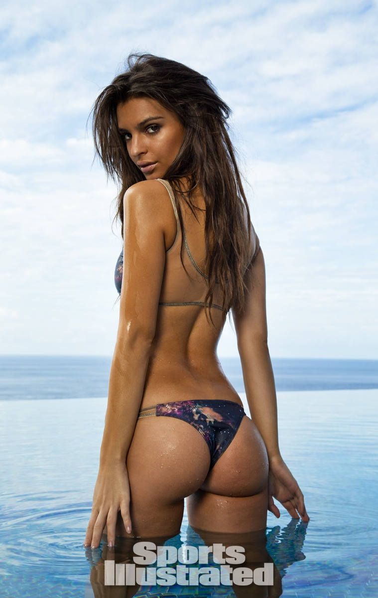 Photo:  Emily Ratajkowski 04