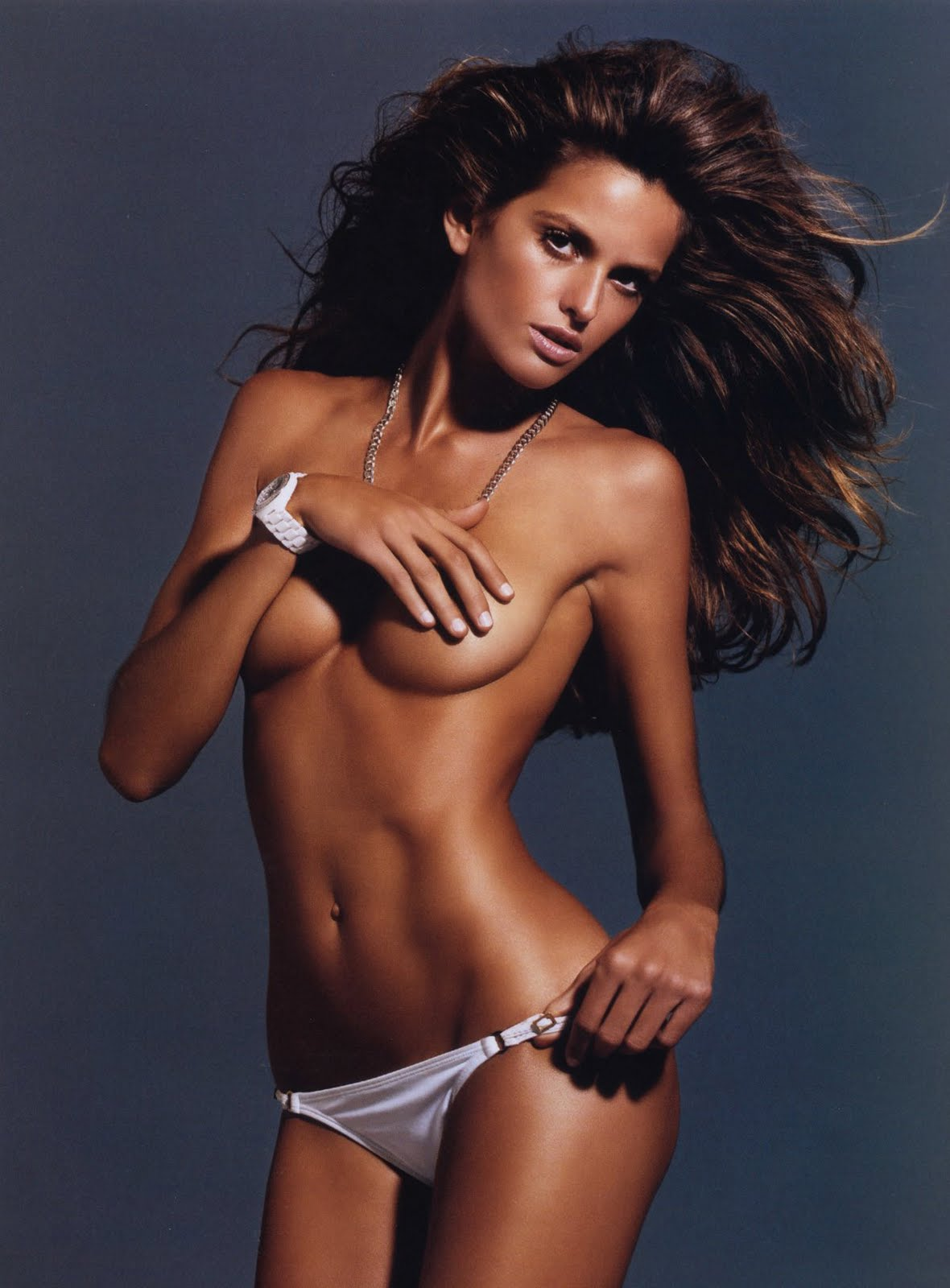 Photo:  Izabel Goulart 05