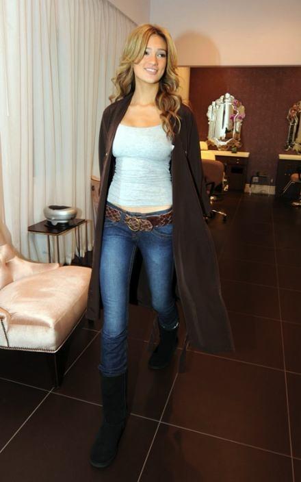 Kylie Bisutti USA 2009 nude (66 photo) Ass, Facebook, braless