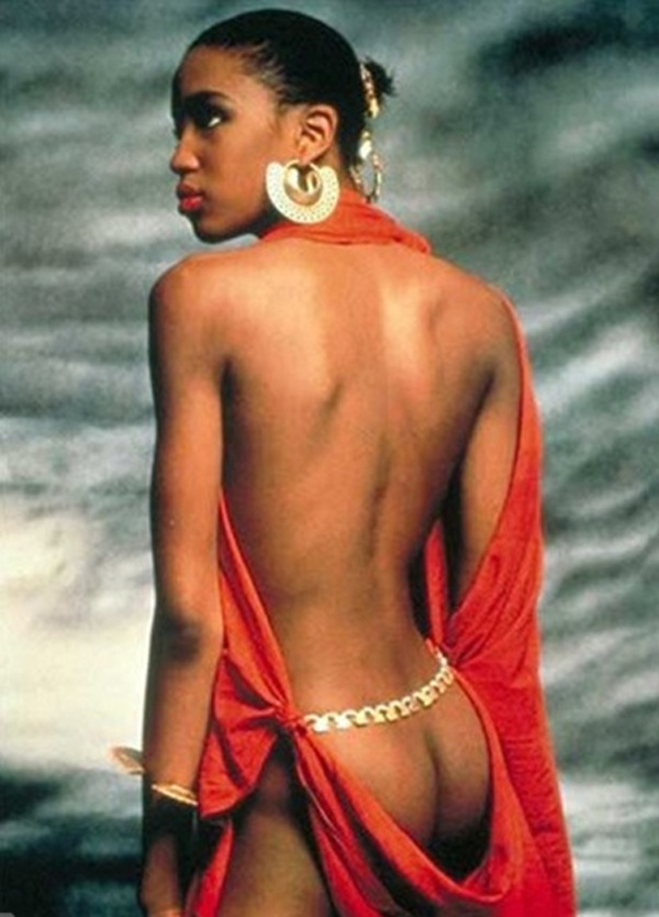 Photo:  Naomi Campbell 02 for Pirelli Calendar 1987 by Terence Donovan