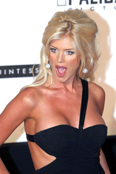 Photo:  Victoria Silvstedt 05