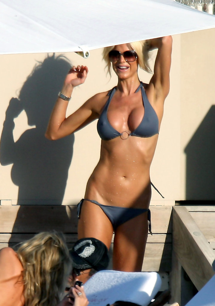 Photo:  Victoria Silvstedt 07